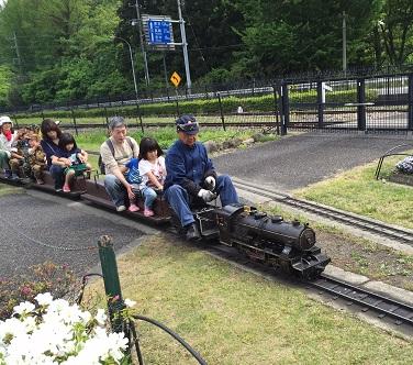 碓氷峠鉄道文化むら:かわいいSLは石炭で走る本格派。